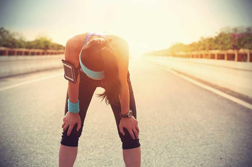 Zbyt intensywne uprawianie sportu może mieć również wpływ na kolana.
