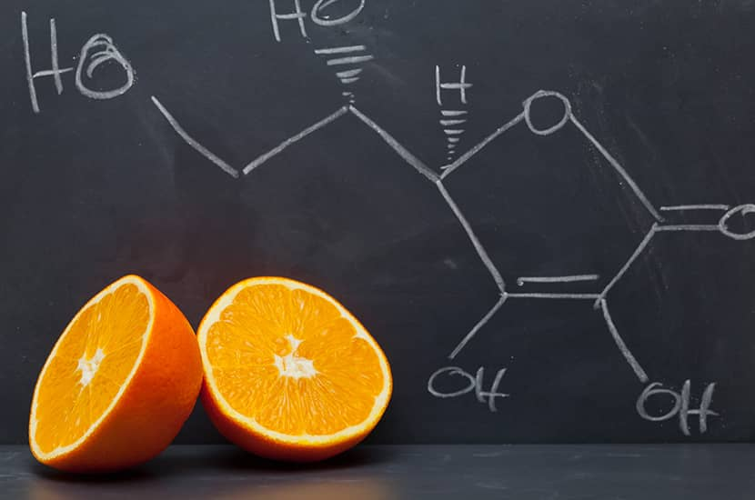 Niedobór witaminy C jest związany z wyższym poziomem tkanki tłuszczowej w organizmie.